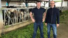 Audio «STORY: Milch - eine Diskussion vom Kuheuter bis ins Ladenregal» abspielen