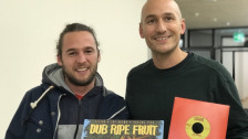 Audio «Vinyl-Woche auf SRF 3: Elijah legt mit Lukie seine Platten auf» abspielen