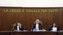 Audio «Berlusconi verbannt» abspielen