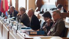 Audio «Auslandschweizer: Je weiter weg, desto offener» abspielen