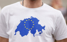 Audio «Europa-Befürworter zeigen Flagge» abspielen
