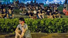 Audio «Chinas Statthalter in Hongkong tritt nicht ab» abspielen