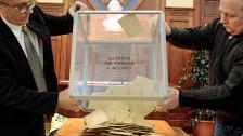 Audio «Frankreich hat gewählt - Sarkozy als lachender Dritter» abspielen