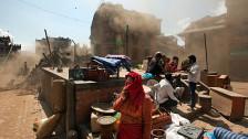 Audio «Schwierige Rettungsarbeiten nach dem Erdbeben in Nepal» abspielen