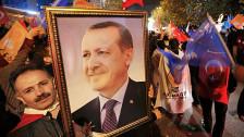 Audio «AKP - im zweiten Anlauf zurück zur Mehrheit» abspielen