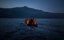 Audio «Flüchtlingsstrom ebbt nicht ab» abspielen