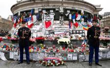 Audio «Paris gedenkt der Terroropfer» abspielen