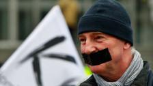Audio «Polen: Rückfall in totalitäre Zeiten?» abspielen