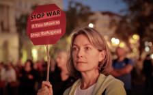 Audio «Mit Humor gegen Orbans Hetzkampagne» abspielen