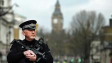 Audio «Razzien nach dem Anschlag in London» abspielen