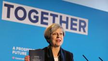 Audio «Theresa May bittet eigene Stammwähler zur Kasse» abspielen