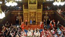 Audio «Eine geknebelte Regierung ringt mit Brexit» abspielen