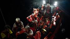Audio «Italien: Flüchtlingsschiff muss umkehren» abspielen