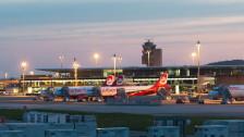 Audio «Ebola: Fluggäste-Kontrolle auch auf Schweizer Flughäfen?» abspielen