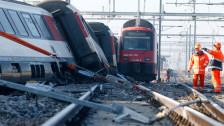 Audio «S-Bahn rammt Schnellzug im Bahnhof Rafz» abspielen