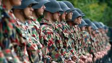 Audio «Klein, agil, teurer - die Pläne für die Schweizer Armee» abspielen