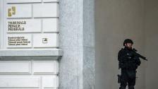 Audio «Mutmassliche Unterstützer des «Islamischen Staats» vor Gericht» abspielen