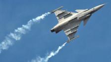 Audio «Volk kann über neuen Kampfjet entscheiden» abspielen