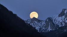 Audio «Plötzlich wollen wieder alle auf den Mond» abspielen