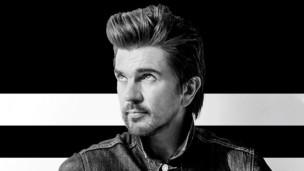 Laschar ir audio «Juanes – Fuego».