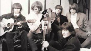 Laschar ir audio «The Byrds - «Mr. Tambourine Man»».