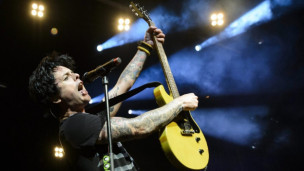Laschar ir audio «Green Day: «Wake me up when September ends»».