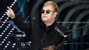 Laschar ir audio «Elton John: «Candle in the wind»».