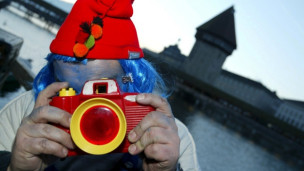 Laschar ir audio «Digitip – Trametter endretg fotografias».