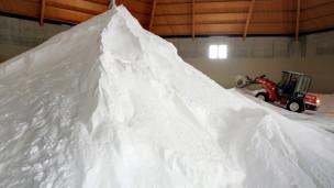 Laschar ir audio «La cifra – 600'000 tonnas sal».