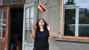 Laschar ir audio «Dumondas or dal chapè – Martina Cadonau».