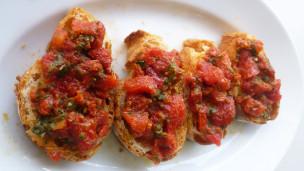 Audio «Kalte Tomatensauce für Crostini und Pasta» abspielen.