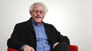 Audio «Satirisches Altersturnen mit Heinz Däpp» abspielen.