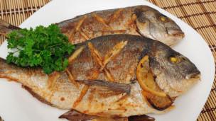 Audio «Fisch essen mit gutem Gewissen: Nur der Karpfen ist bedenkenlos» abspielen.