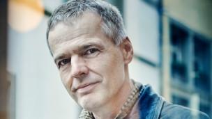 Audio «Bargespräch mit dem Erfolgsautor Wolf Haas» abspielen.