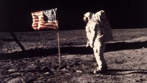 Audio «Der Sprung auf den Mond – und in die Freiheit» abspielen.