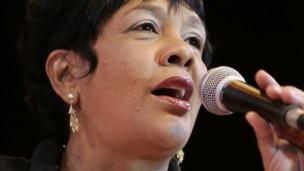 Audio «Rosa Passos, mit Simone Santos» abspielen.