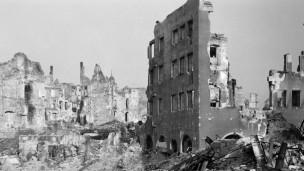 Audio «Der 8. Mai 1945. Ende und Anfang» abspielen.