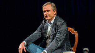 Audio «Axel Hacke, Schriftsteller, Journalist, Kolumnist» abspielen.
