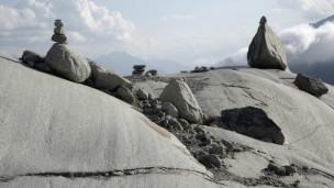 Audio «Wenn Steine sprechen könnten – Experten streiten übers älteste Leben» abspielen.