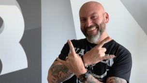 Audio «Werber Dennis Lück: «Konsumieren als Lifestyle ist doof»» abspielen.