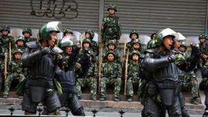 Audio «Chinas Uiguren unter Kontrolle» abspielen.
