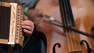Audio «Konzertmitschnitte auf Volksmusik-CDs» abspielen.