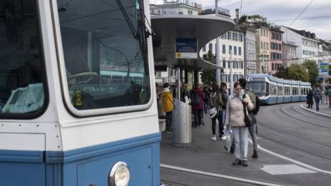 Audio «ZH: Massnahmen gegen gestresste Tramchauffeure» abspielen.