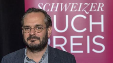 Audio «Schweizer Buchpreis: Der Gewinner Jonas Lüscher im Interview» abspielen.