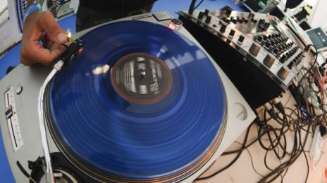 Audio «Musik im Gespräch» abspielen.