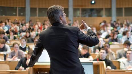 Audio «Machtmissbrauch an Hochschulen – wie umgehen damit?» abspielen.