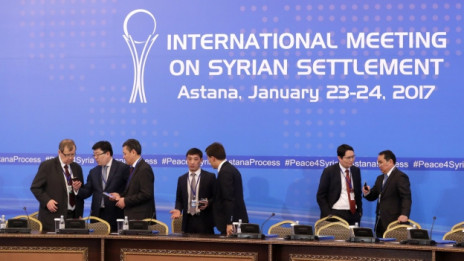 Audio «Neuer Anlauf für einen Frieden in Syrien» abspielen.