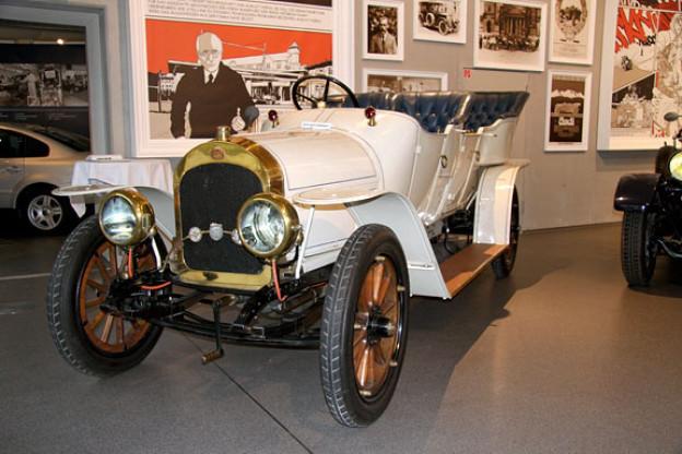 Das erste Horch-Auto vom Anfang des 20. Jhs. (August-Horch-Museum, Zwickau).