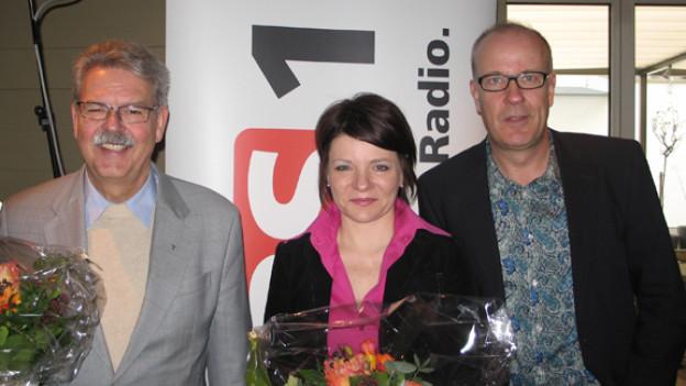Willi Anderau, Nathalie Bourquenoud und DRS 1-Gastgeber Dani Hitzig.
