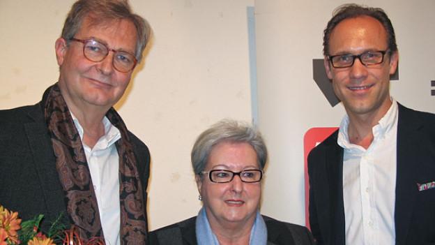Christian Zeugin (r.) mit  Elsbeth Jordi und Georg Fankhauser.